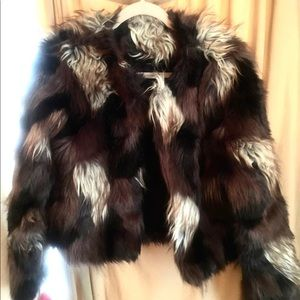 ROMEO AND JULIET COUTURE Faux Fur Jacket  💙🤎🤍